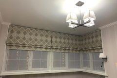Римская штора в кабинете