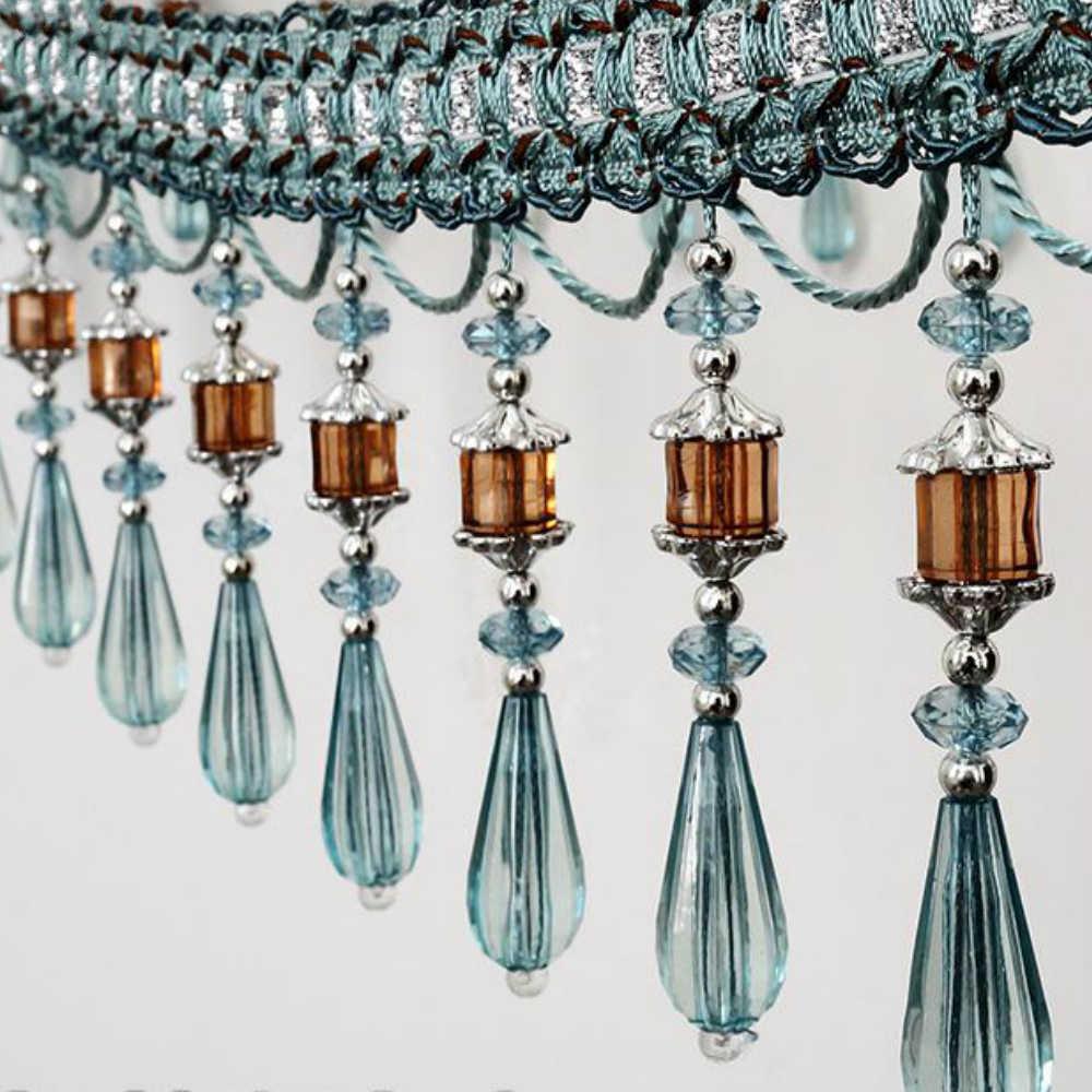 Шикарные стеклярусы в салоне штор Европа