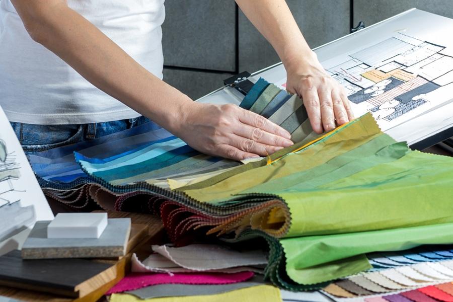 Подбор ткани для штор на выезде