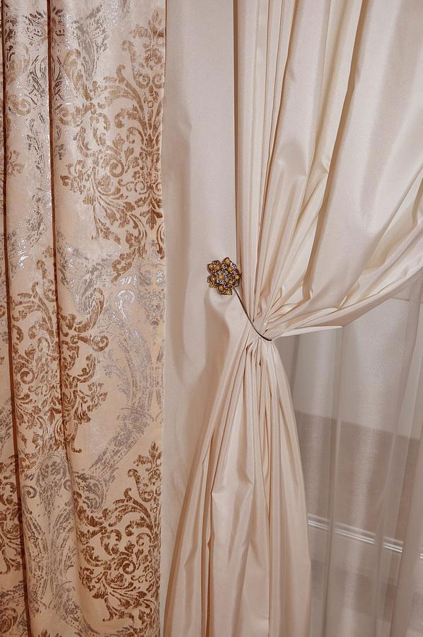 классика шторы белые с узором