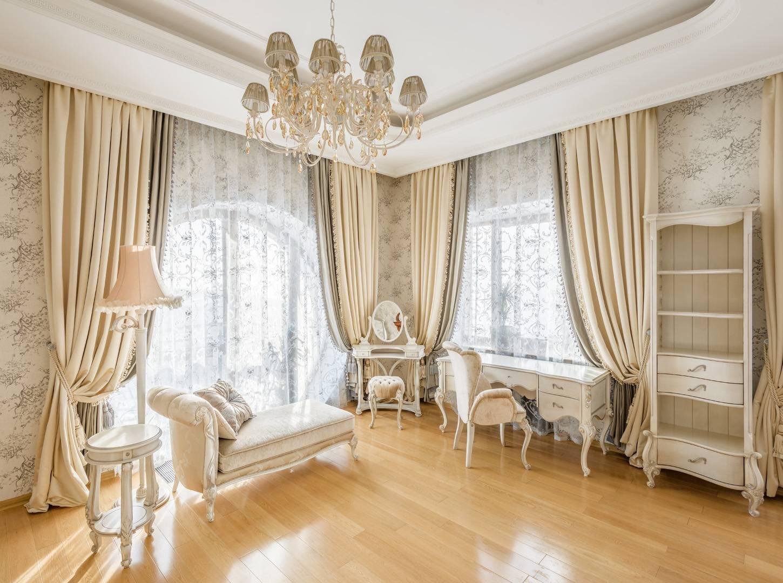 шик боготой классиики шторы и текстиль в частном владении
