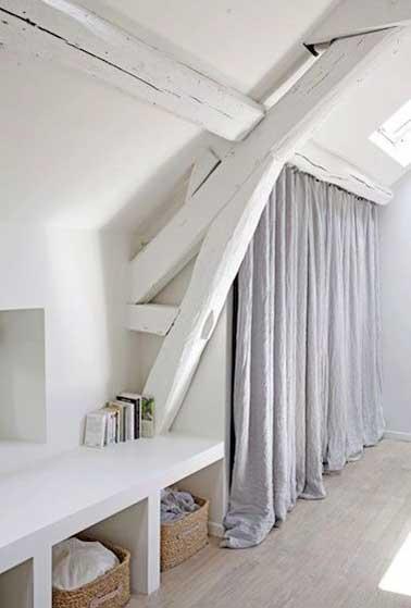 нестандартное окно штора в деревенском стиле