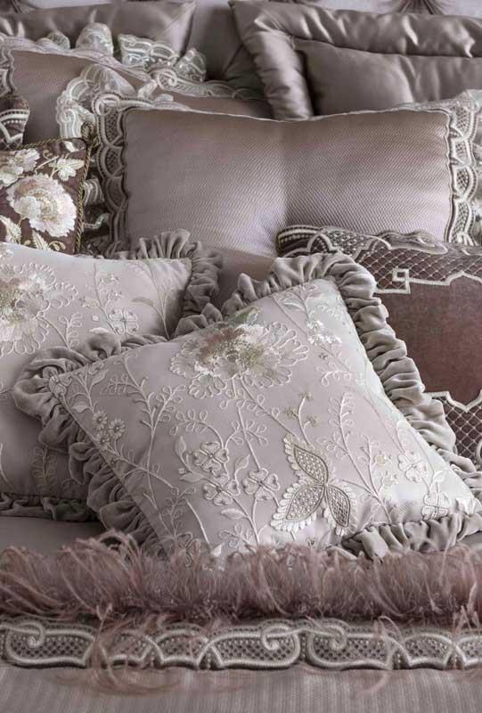 подушки-и-покрывала-на-заказ-2