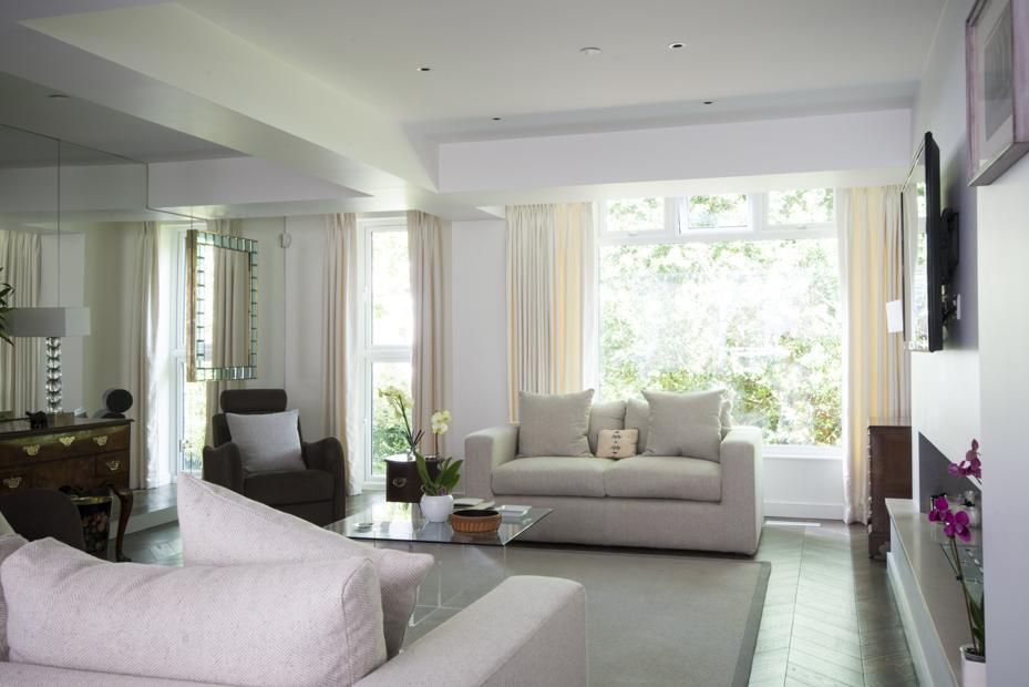 Пошив штор в гостиную в современном стиле